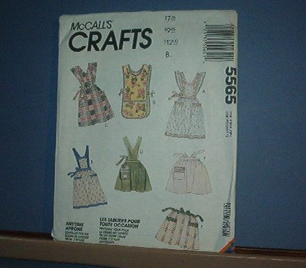 Sewing Pattern McCall's 5565 Aprons 7 each Very weet