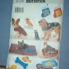 Sewing Pattern Butterick 4226 Dog coats, baskets, joys, Christmas Sox, More - One Size