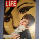 Magazine - Life - Barbra Streisand - March 18, 1966 - Excellent Shape