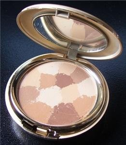 BellaBeauty Veil Compact   (Light)  Net Wt. 14 g