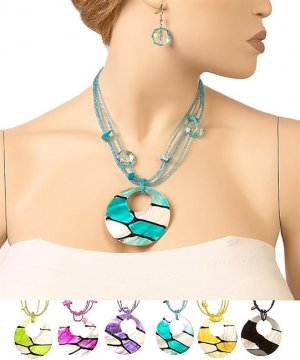 RB008  SHELL NECKLACE SET