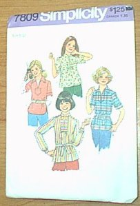 Young Jr / Teens Pullover Tops Simplicity Sewing Pattern 7809 Sz 9/10 Uncut