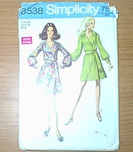 Misses Front Wrap Dress & Sash Simplicity Sewing Pattern 8538 Sz 14 Cut