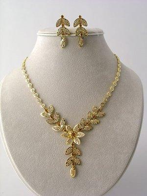 Designer Leaf Necklace/Earring Set Reg $59.99