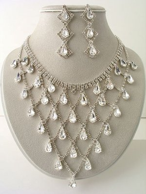 """Victorian Drops"" Designer Necklace/Earring Set Reg $139.99"