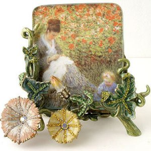 Gorgeous Victorian Style Picture Frame Reg $79.99