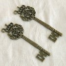 4 Pieces of Antiqued Brass Two Sides Royal Key Charms Free Shipping