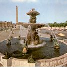 La PLACE de la CONCORDE PARIS FRANCE COLOR PICTURE POSTCARD #371 UNUSED