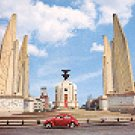 THE DEMOCRACY MONUMENT BANGKOK THAILAND COLOR PICTURE POSTCARD #406 UNUSED