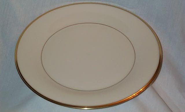 "LENOX ""ETERNAL"" BONE CHINA SALAD PLATE 8 1/8"" 24k GOLD TRIM EXCELLENT CONDITION FREE SHIPPING"