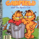 A LITTLE GOLDEN BOOK - GARFIELD AND THE SPACE CAT CHILDREN&#39;S HB 1988 VG