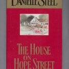 THE HOUSE ON HOPE STREET BY DANIELLE STEEL 2000 HB BK W/ DJ NEAR MINT