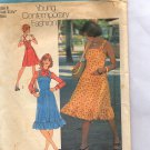 SIMPLICITY PATTERN #6926 TEEN - JUNIOR DRESS & JUMPER SIZE 8 CUT 1975 VINTAGE