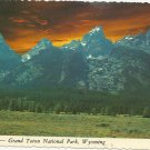SUNSET GRAND TETON RANGE - JACKSON HOLE WYOMING - VINTAGE COLOR POSTCARD 1981 UNUSED MINT # 627