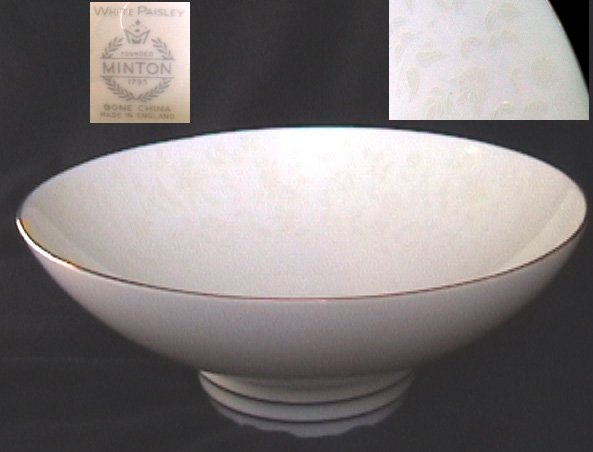 Minton white paisley china vegetable bowl 8 3/4 inch made in England
