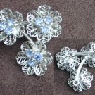 Vintage pin pronged blue rhinestones in silver tone flowers brooch jewelry