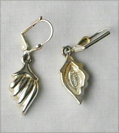 Napier signed earrings silver tone pierced ears 1 1/4 inches long