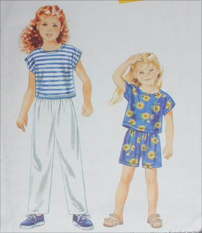 Simplicity 9467 childrens girls sewing pattern pants shorts top sizes 2 3 4 5 6 6X UNCUT