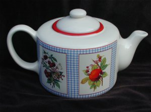 Hallmark Hawthorne Manor teapot peaches strawberry design clean