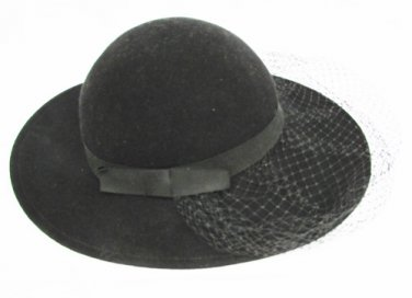 Lancaster Ladies black wool felt hat fascinator net veil ribbon band