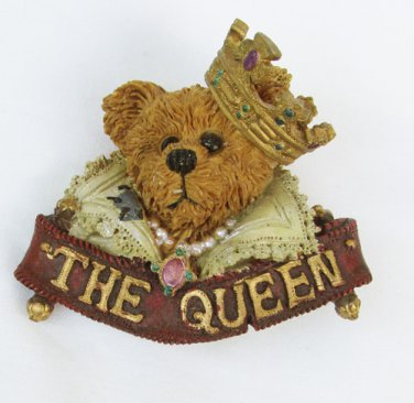 Boyd Bearswear pin Queen bear