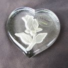 L.E. Smith crystal paperweight rosebud rose heart shaped with sticker paper weight