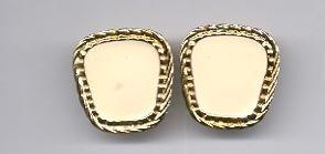 Avon   Summer Style pierced earrings- white