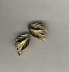 Avon Whispering Leaf clip earrings