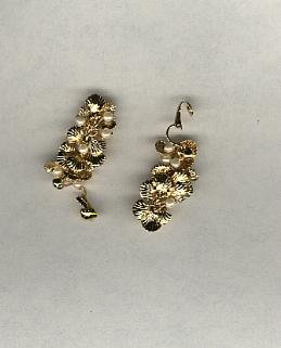 Avon Summer Shower Clip earrings