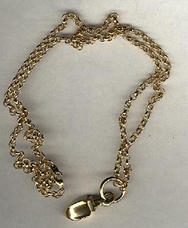 Avon Sculptured Pendant- goldtone