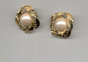 Avon  Fashion Button Pierced Earrings