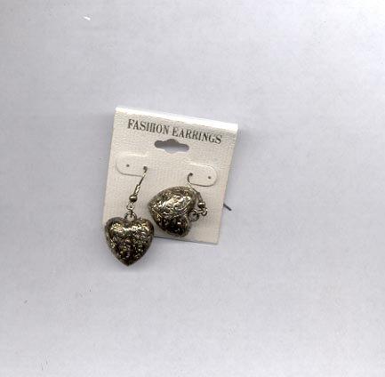 Puffed heart pierced earrings (#54)