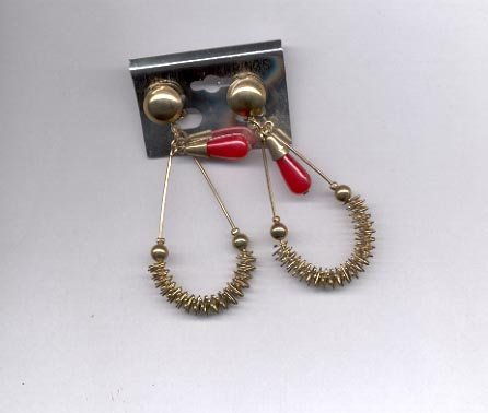 Red and Goldtone dangle  clip on earrings (# 167)