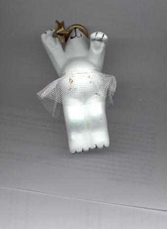 Avon Graceful Polar bear Ornament- Angel