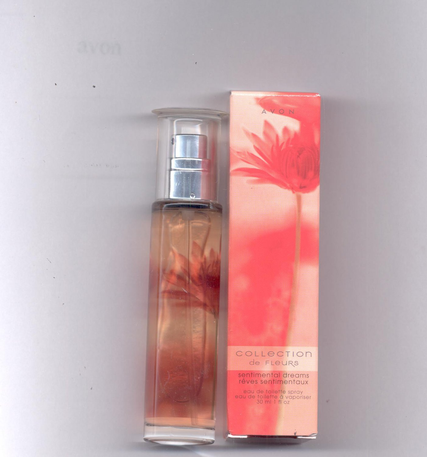 Avon  Sentimental Dreams eau de toilette spray- NOS