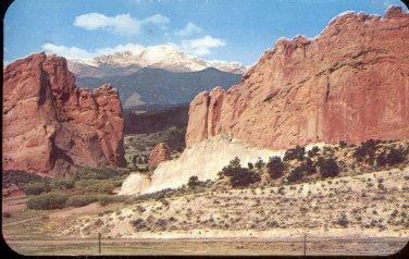 Pikes Peak-_Colorado .  postcard (#268)