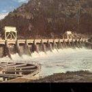 Bonneville Dam east of Portland      Postcard (#516)