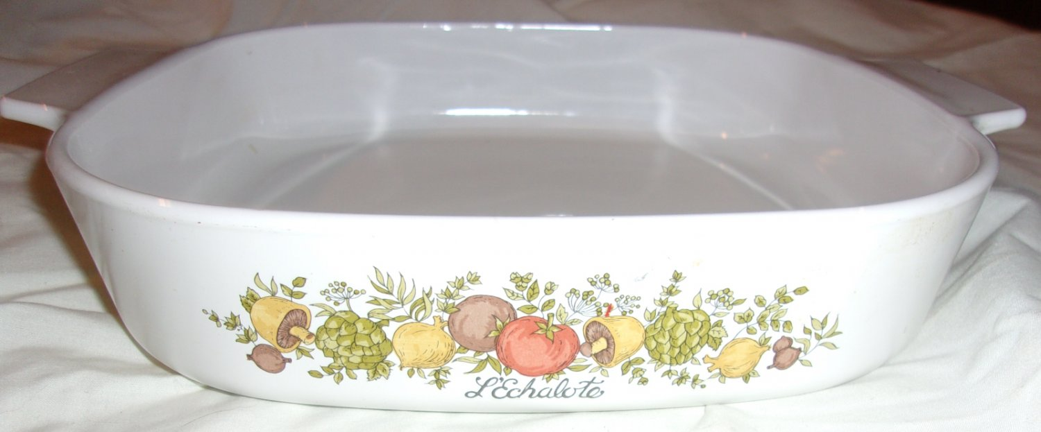 Vintage Corning Wear 2.5 liter square casserole  dish - no lid-  Spice of Life