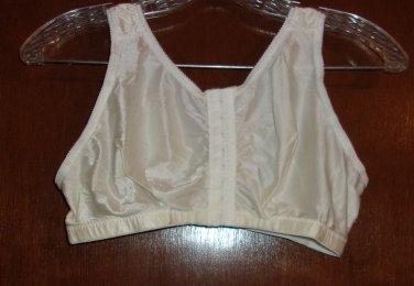 White Simone front Closure Bra- Size  40CDE