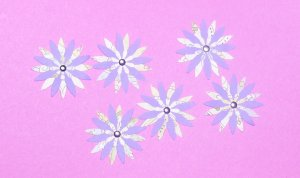 (6) paper flowers