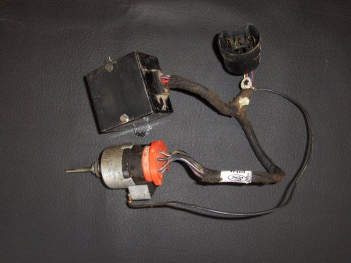 1997 Ford F 150 Wiper Switch additionally 1990 Ford F 150 Wiper Switch also 1997 Ford F 150 Turn Signal Switch furthermore Ford Turn Signal Switch besides Ford Headlight Switch Connector. on ford f350 wiper switch