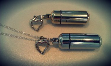 Silver Open-Heart 2pc.Special Set - Cremation Urn Necklace & Keychain Urn Set