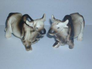 Vintage Oxen Bulls Salt & Pepper Shaker Set