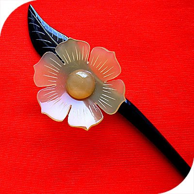 QueCraft FLOWER Hair Stick / Pin HORN - Hand Carved