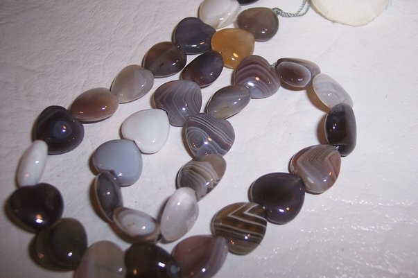 BOTSWANA AGATE 12mm Heart Beads