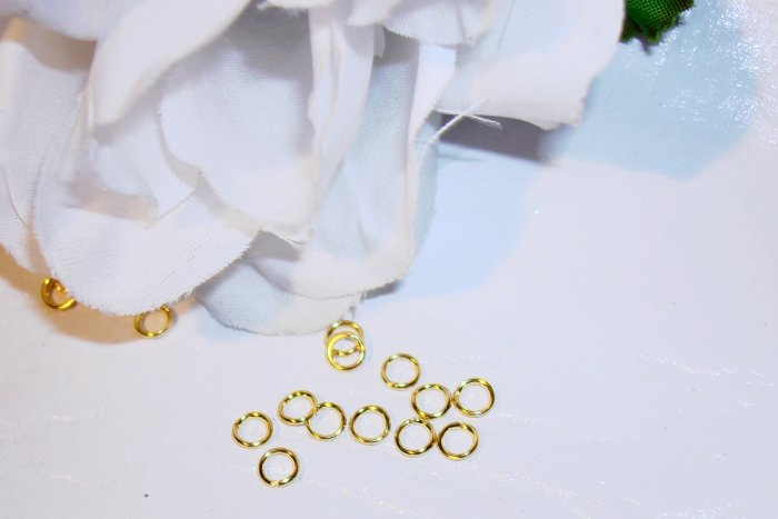 4mm OPEN GOLD PLATED Jump Rings 21g. q.100