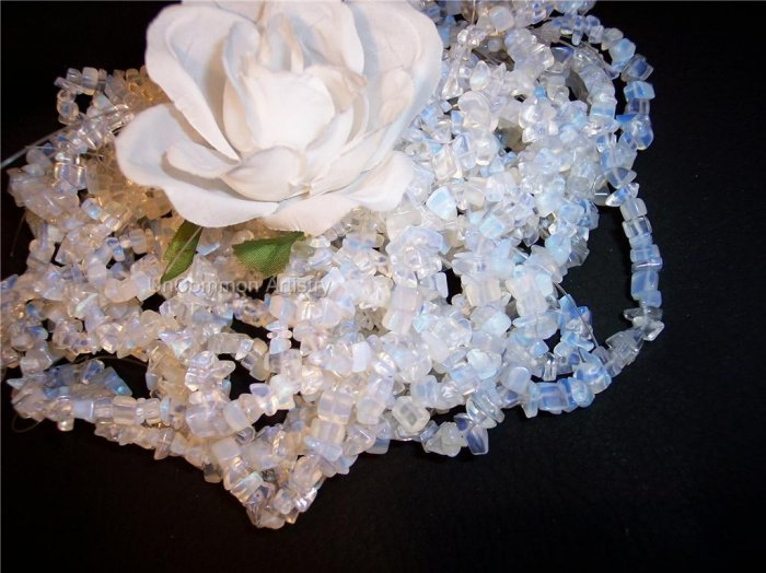 "OPALITE  chips 36"" strand"