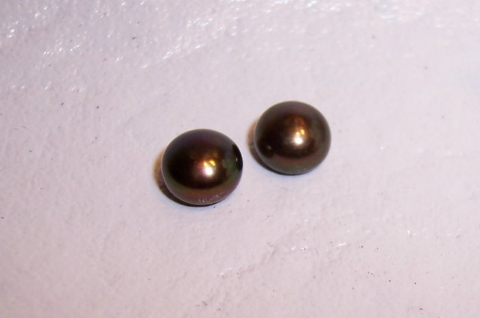 1/2 drilled Fresh Water Pearls 5-6mm PEACOCK BUTTON