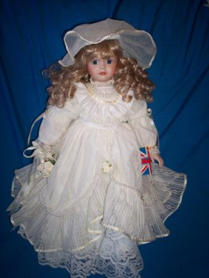 VICTORIAN DOLL MADE FOR LEXINGTON HALL ~ WIMBLEDON ~WITH BOX