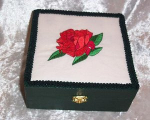 WOODEN TREASURE BOX ~ EMBROIDERED RED ROSE TOP
